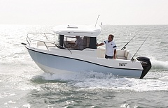 Captur 555 Pilothouse